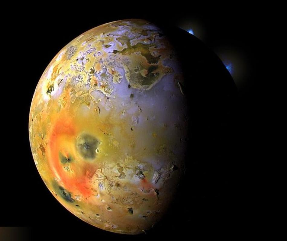 jupiters-moon-io-from-voyager-1-space-probe