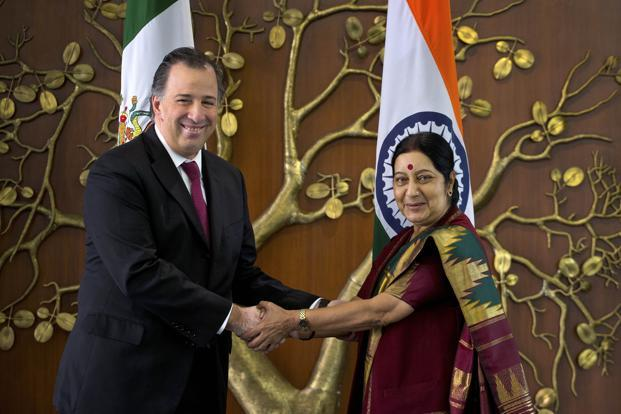 External affairs minister Sushma Swaraj (right) and her Mexican counterpart Jose Antonio Meade Kuribrena also decided to explore cooperation in the hydrocarbon sector.  Credit: PTI