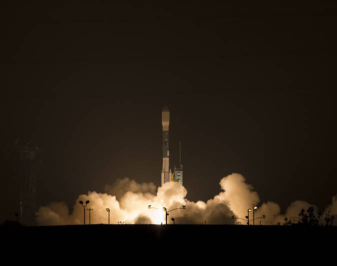 NASA's Soil Moisture Active Passive (SMAP) observatory, on a United Launch Alliance Delta II rocket, launches at 6:22 a.m. PST (9:22 a.m. EST) Saturday from Space Launch Complex 2, Vandenberg Air Force Base, Calif. SMAP is NASA's first Earth-observing satellite designed to collect global observations of surface soil moisture and its freeze/thaw state. Image Credit: NASA/Bill IngallsImage Credit: NASA/Bill Ingalls