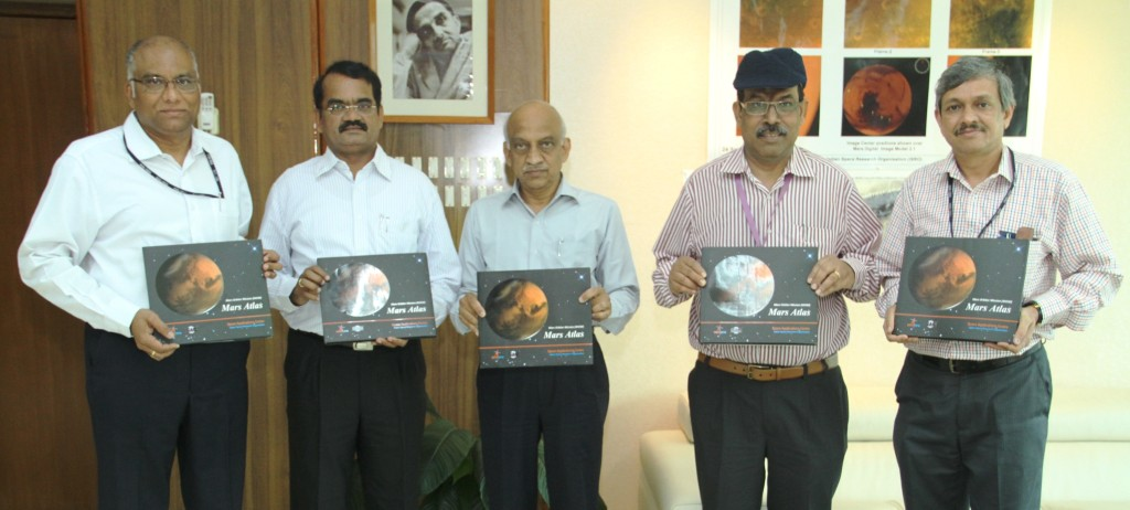 Shri A S Kiran Kumar, Chairman ISRO (centre) releasing the Mars Atlas with Dr. Y V N Krishnamoorthy, Scientific Secretary ISRO (left); Dr. Annadurai M, Director ISRO Satellite Centre, Shri Tapan Misra, Director Space Application Centre ISRO, Shri Deviprasad Karnik, Director Public Relations Unit ISRO Credit: ISRO
