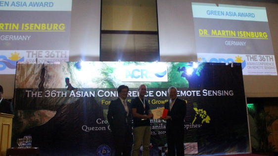 Award Ceremony held during Closing of ACRS 2015