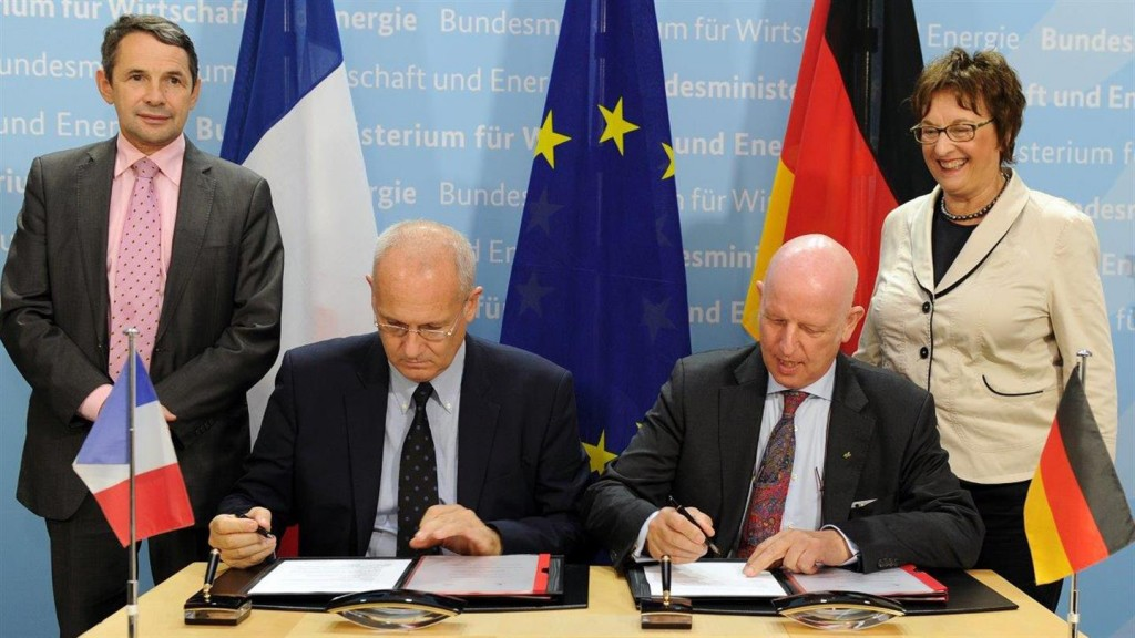 Signing of the Contract for the French-German MERLIN Climate Satellite